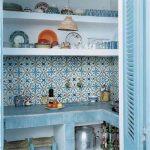 çini desenleri ile çarpıcı bir mutfak tezhahı