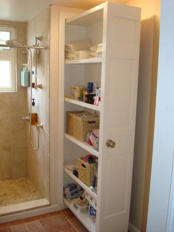 Küçük banyolar için çekmece şeklinde düzenlenmiş duvardan çıkan Çok Amaçlı Banyo Dolabı