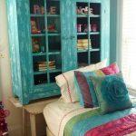 yatak başı için farklılık yaratan dekorasyon fikirleri