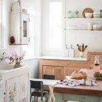 beyaz vintage tarzı mutfak dekorasyonu