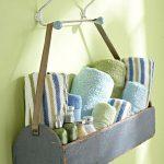 dekoratif banyo havlu sepeti düzenlemesi