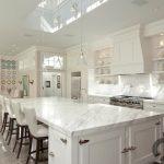 modern beyaz ada mutfak dekorasyonu