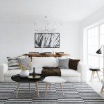 siyah beyaz çizgili iskandinav stili salon