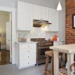 tuğla duvarlı beyaz mutfak dekorasyonu 2016