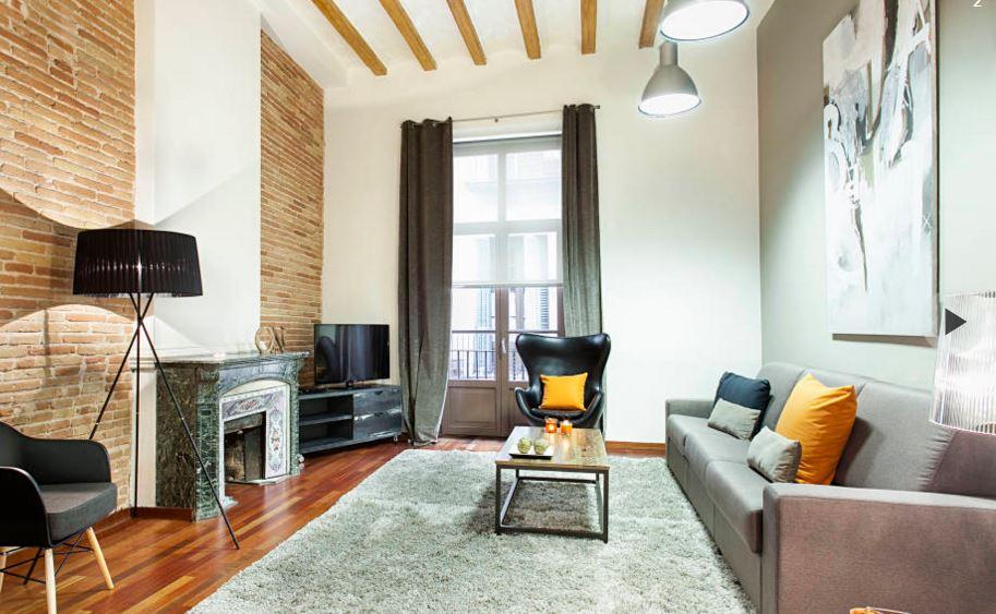 kullanışlı ve modern oturma odası dekorasyonu
