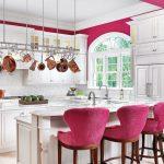 pembe mutfak sandalyeleri