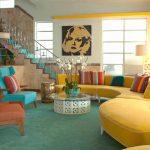 renkli retro tarzı salon dekorasyonu
