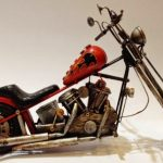 dekoratif el yapımı metal motorsiklet