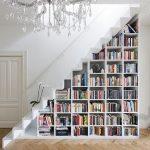 merdiven altı kitaplık dekorasyonu