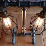 su boruları ile tasarlanmış dekoratif masa lambası