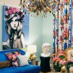 cicek desenli gösterişli salon dekorasyonu