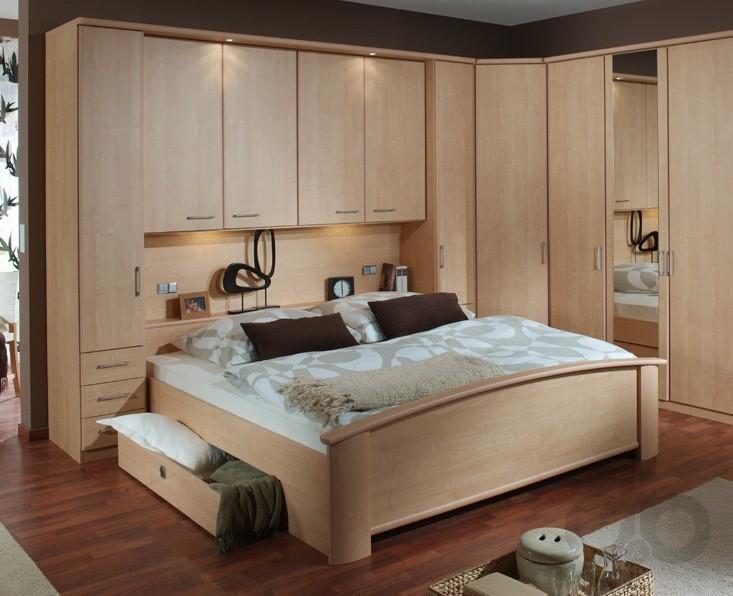 dar yatak odaları için dolap seçimleri