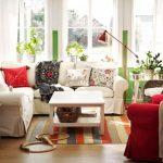 ikea sıcak kırmızı oturma odası dekorasyonu