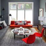 kırmızı oturma takımları ile çarpıcı salon dekorasyonu