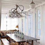 kurumuş dallar ile yemek odası dekoru