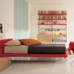 modern kırmızı genç odası dekorasyonu