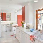 modern turuncu beyaz mutfak dekorasyonu