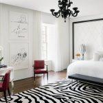 Modern yatak odası zebra desenli halı