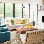 renkli ve modern salon dekorasyon fikirleri