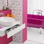 çekici pembe banyo dekorasyonu