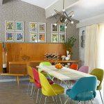 mutfakta rengarenk sandalye fikirleri