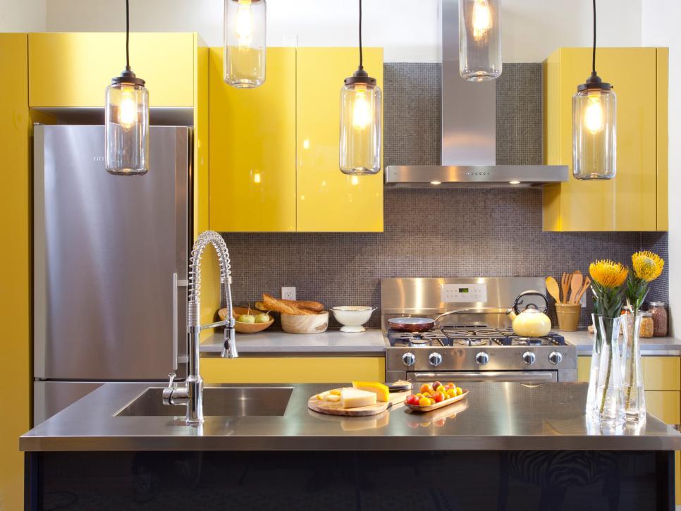Modern Sarı Renkli Mutfak Dolapları