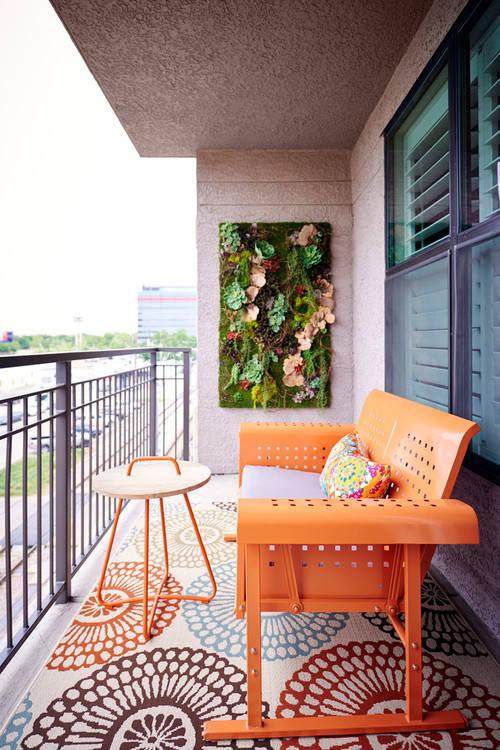 Dar Balkon Dekorasyonu Nasıl Yapılır?