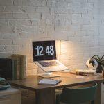 Çalışma masasında aydınlatma