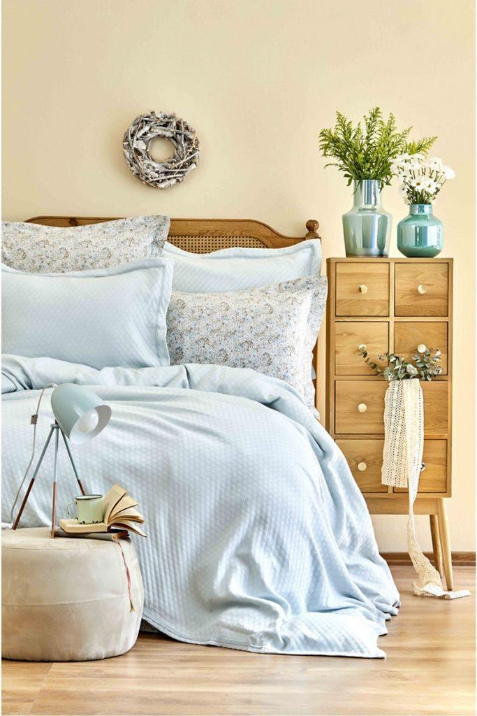 Enghlish Home bedspreads