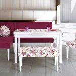 çiçek desenli zarif banklı mutfak masası 2016
