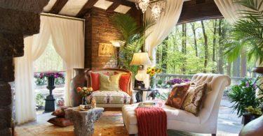 koltuk şalları ve renkli yastıklar ile sıcak fikirler