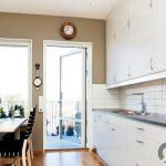 mutfak için beyaz ahşap görünüm yapışkanlı folyolar