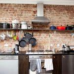 tuğla kaplama duvarlar ile etkileyici mutfak dekorasyonu