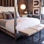 metal ayaklı modern yatak ucu bank