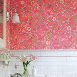 renkli dekoratif çiçekli banyo duvar kağıdı