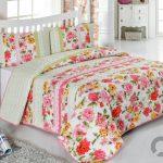 yeni 2016 renkli cicekli yatak örtüsü