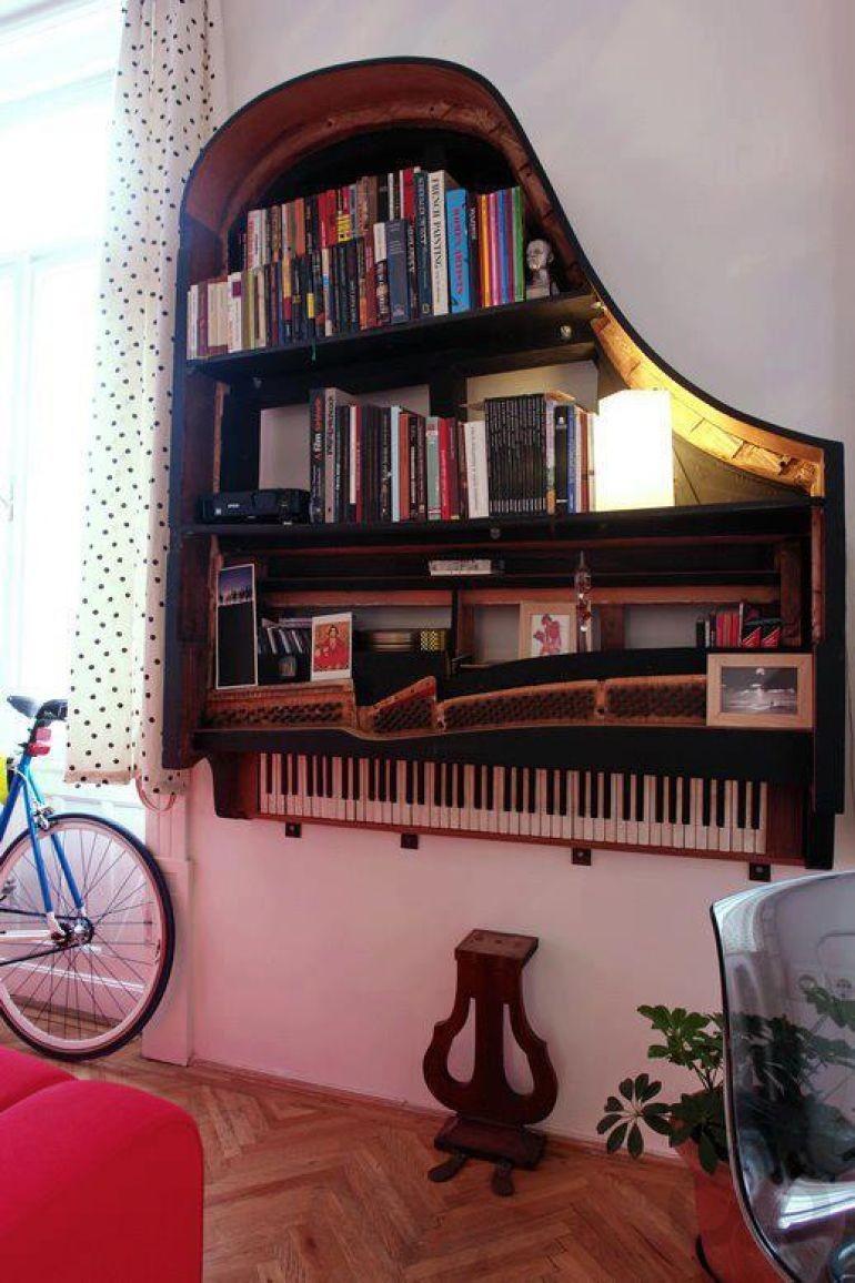 eski piyanodan dekoratif duvar rafı yapımı