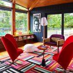 rengarenk bir salon dekorasyonu