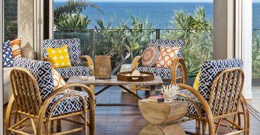 tropikal balkon ahşap oturma takımı