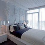 yatak odası için ağaç dallarından duvar dekorasyonu