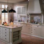 country tarzı mutfak için desenli fayanslar