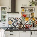 mutfak tezgah arkası renkli fayansları