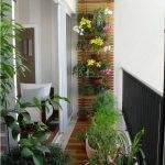 Dar Balkon Dekorasyonu