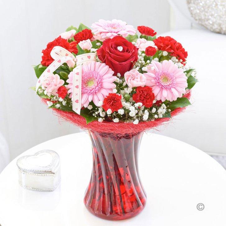 2019 Yılının En Alımlı Vazo Çiçekleri