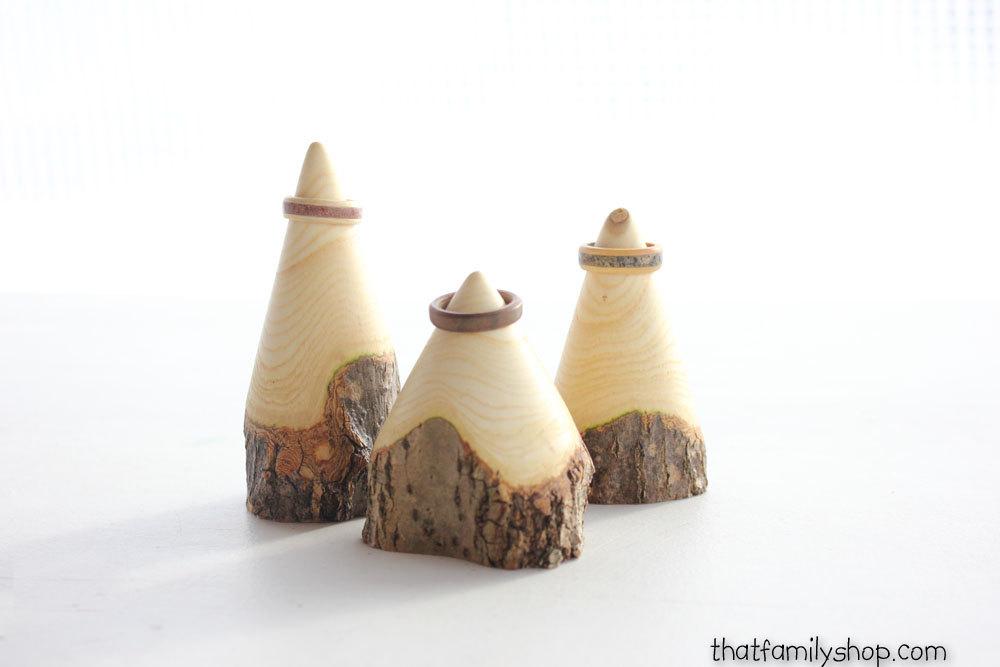 Ağaç kütüğünden yapılmış dekoratif aksesuarlık