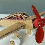 Evde maketten uçak yapımı