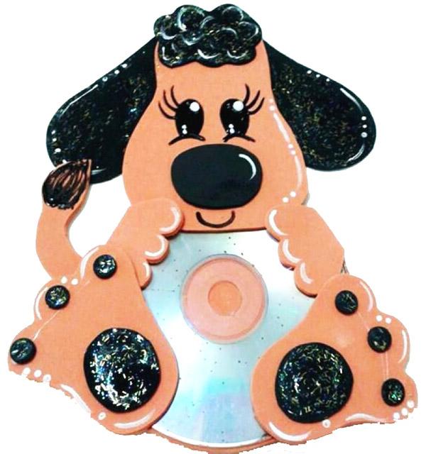 eski CD ' lerden köpek yapımı