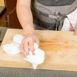 Mutfakta Küflenmiş Tahta tamizliği .